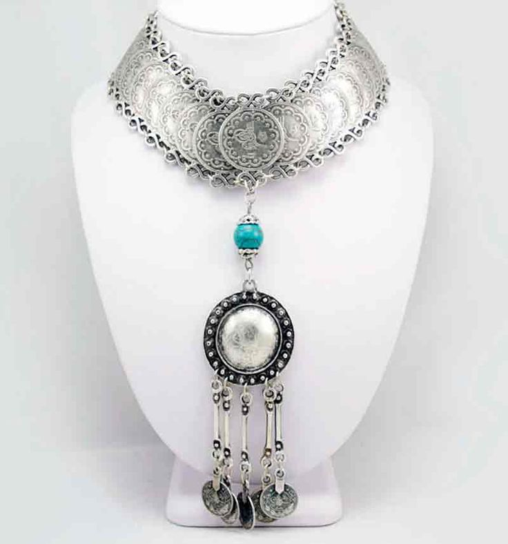 Wholesale silver zamak necklace.  Model A1096.  Part of collection 96.