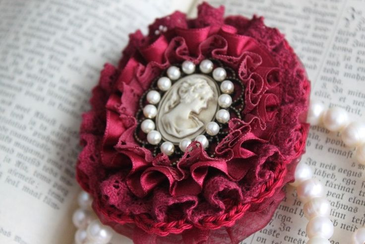 Burgundy brooch with cameo from From Lucky Lonny With Love by DaWanda.com
