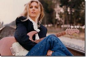 Sophie B. Hawkins, Sandra Bernhard to perform in August at Jazziz Nightlife in Boca Raton