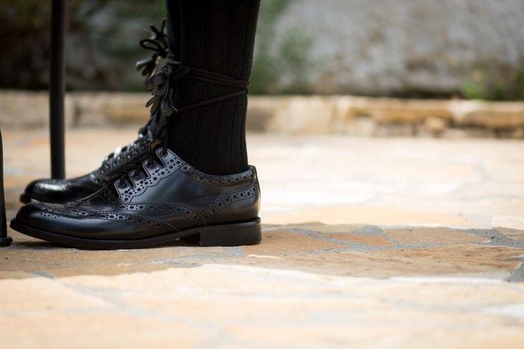 destination wedding in Paxos island | wedding shoes | Traditional Scottish wedding | Nikos PSathoyiannakis