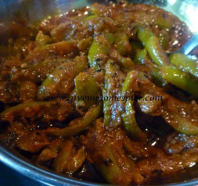 Tindora or Ivy Gourd Curry (Tindora nu shak)