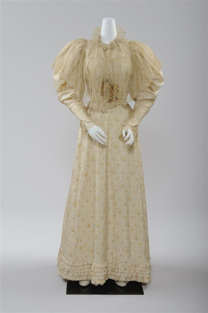 Sommerkleid, 1895, Seidenpongé © Wien Museum