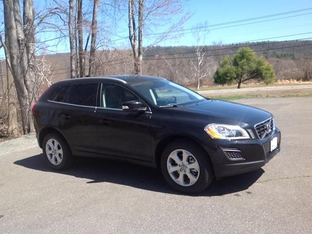 2013 Volvo XC60 3.2 AWD 3.2 4dr SUV SUV 4 Doors Black for sale in South deerfield, MA Source: http://www.usedcarsgroup.com/used-volvo-for-sale-in-south_deerfield-ma