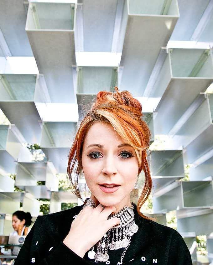 Lindsey Stirling cutie ^_^