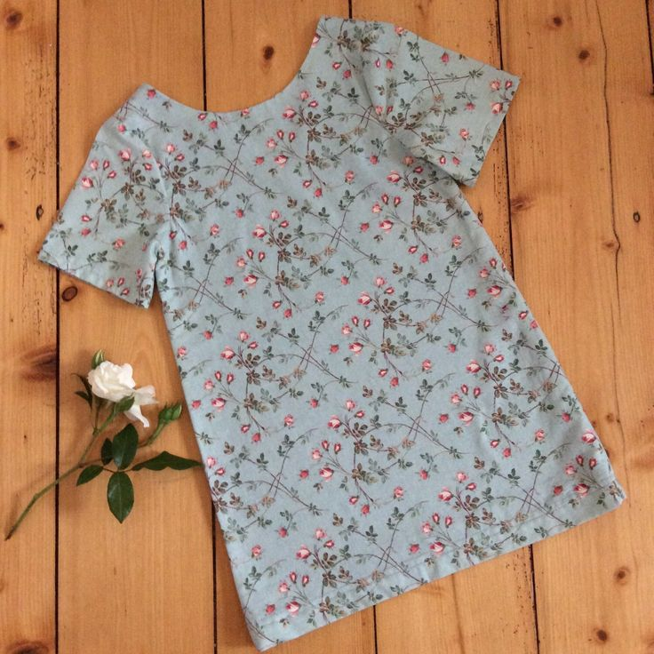 Just listed this really sweet sprig rose pinafore dress