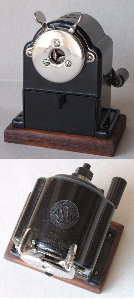 ANTIQUE GERMAN BLACK BAKELITE TABLE PENCIL SHARPENER ASW MODELL 120