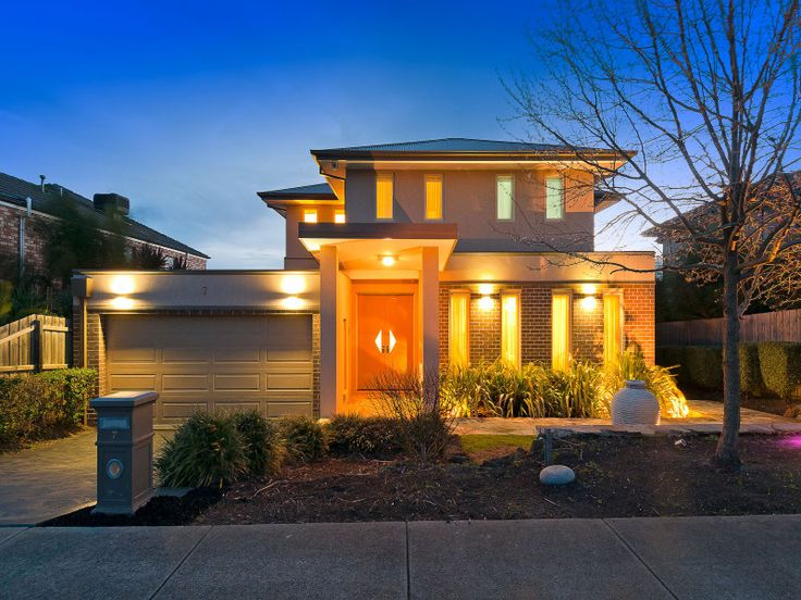 A class above the rest at 7 Kingston Way in Mooroolbark.