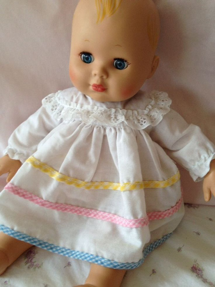 Madame Alexander Baby Doll 2006 Vntg Dress Pretty 14