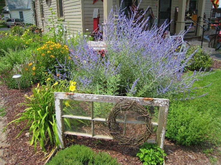 Love it outdoor decor garden pinterest gardens for Outdoor window frame decor
