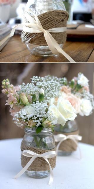 We zouden 's ochtends al bloemen in potjes kunnen doen, strikje erom, hoeft de bediening ze alleen maar op de tafels te zetten