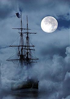 Из тумана выплывает, бриг под Роджером Весёлым, не приятности и беды, флаг сей чёрный означает...