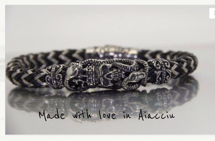 bracelet homme rocker acier vintage cuir tressė pour beaux mecs .Modèle dêposé : Bijoux pour hommes par made-with-love-in-aiacciu