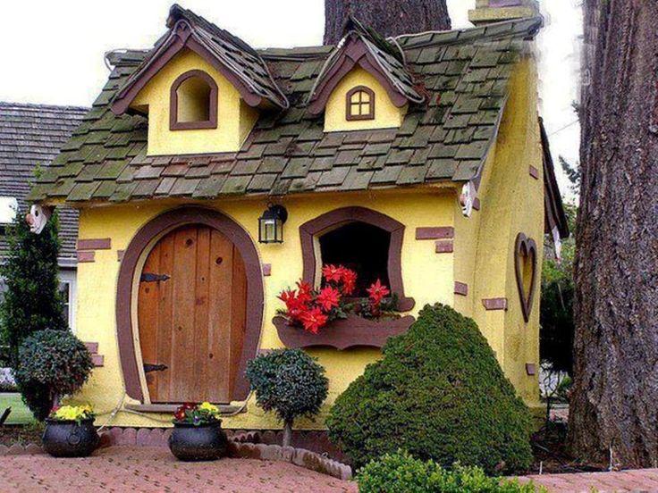 a fairytale house - so cute!