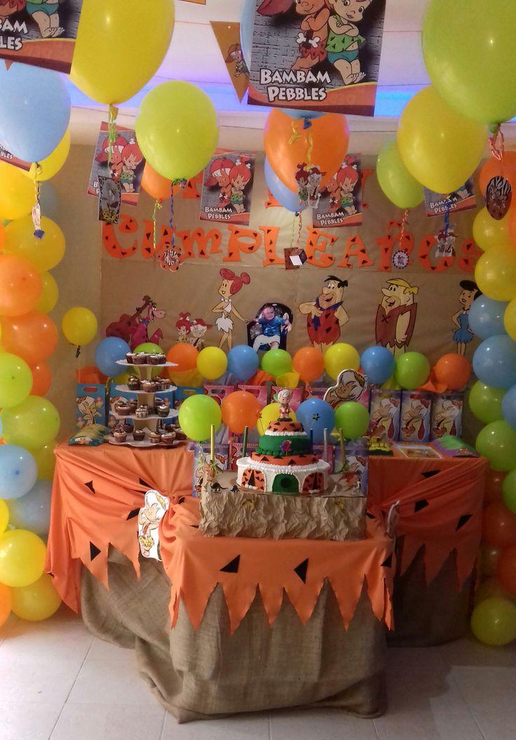 Finally my Flinstones nephew´s birthday party decoration. By @yanny_the_world