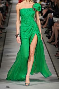 romantic green: Fashion Designer, Oscar De La Renta, Renta One Shoulder, Green, Oscars, Designer Gowns, One Shoulder Silk Chiffon