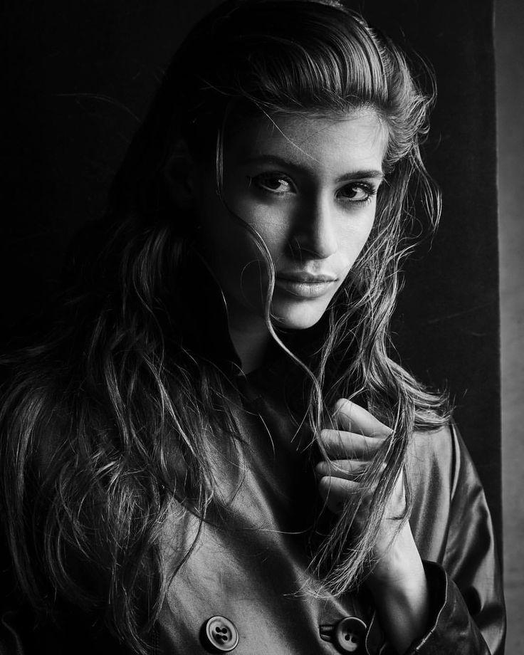 15.1 тыс. отметок «Нравится», 92 комментариев — Patrick Demarchelier (@patrickdemarchelier) в Instagram: «#Cairo for Vogue Stylist #angelodesanto @anjuhlow2 Makeup @fulviafarolfi Hair #bobrecine…»