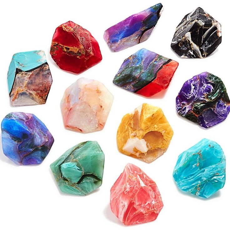 Gemstone or Soap? Get your crystal on with these Gemstone Soap Rocks. waitingonmartha.com