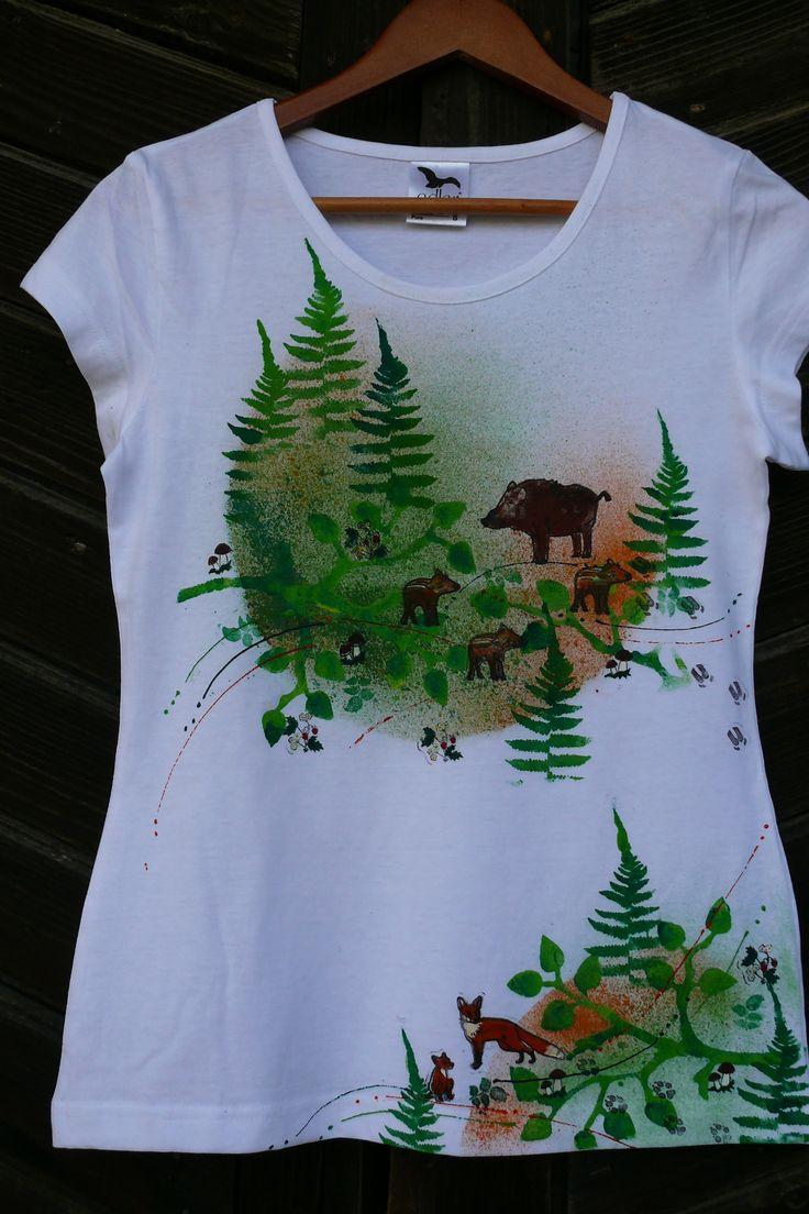 Na+číhané+v+lese...dívčí+tričko+Ručně+tištěné,+dámské+tričko+značky+Adler+-women+-Pure,+pěkně+zvýraznůje+ženskou+postavu,+sahá+až+do+půlky+boků,+použity+kvalitní+barvy+a+tiskátka+Aladine,+tepelně+fixováno+Ráda+vám+natisknu,+ve+velikosti,+kterou+potřebujete.+velikost+S