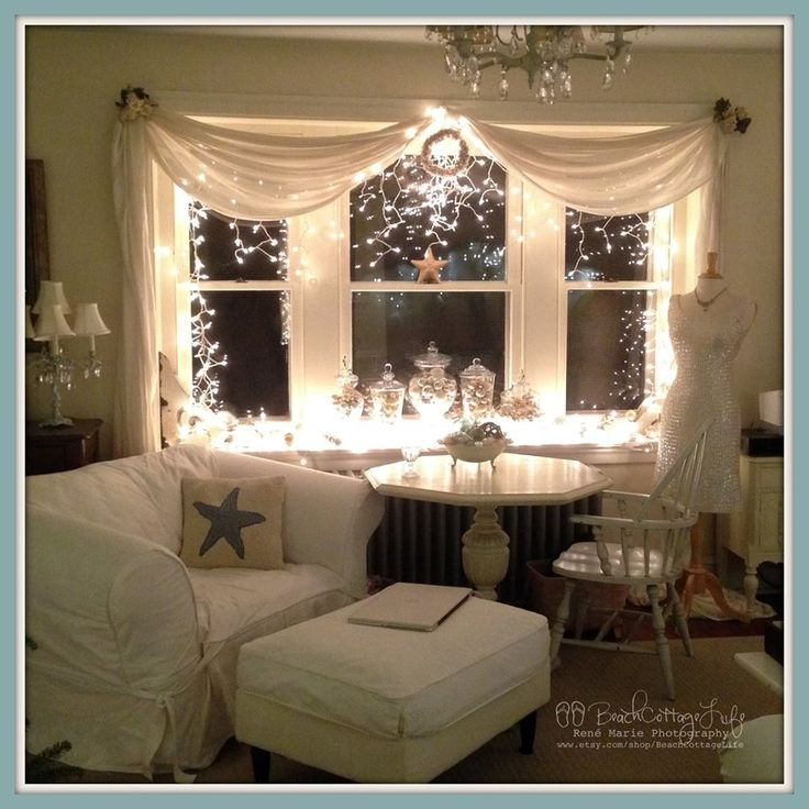 15 Best Images About Xmas Bay Window Decor Idea On Pinterest Christmas Trees A Box And