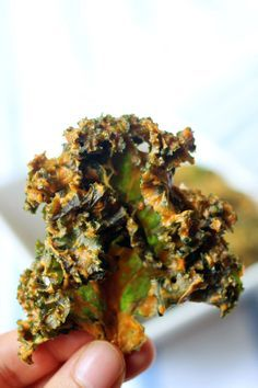 SNACK-Best Ever Kale Chips Recipe – Cheesy Kale Chips My obsession with kale chips is serious.