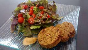 Galettes de pois cassés et sésame (vegan, sans gluten, sans lait, sans œuf)