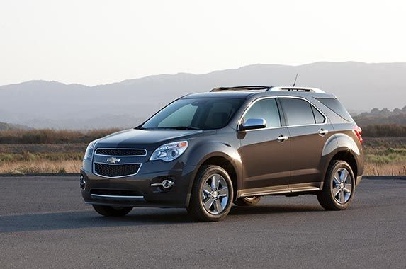 Chevrolet Equinox (#2 out of 6 Top-rated compact SUVs). Overall quality rating: 4 out of 5. Overall performance and design rating: 4 out of 5.