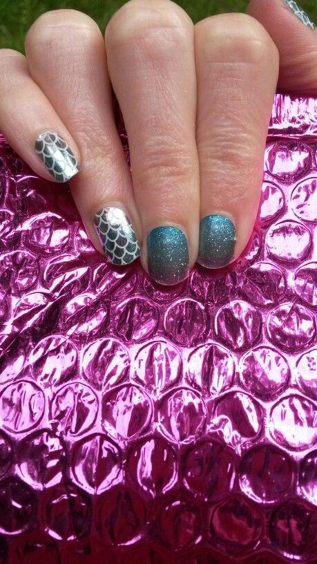 One of my favorite combinations! #mermaidtailsjn #carnivaljn #jamberry