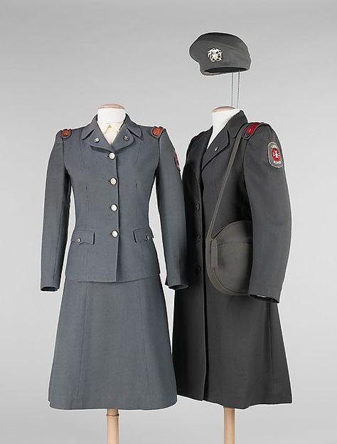 1940s women's military outfit suit dress jacket skirt coat hat purse grey black war era vintage fashion style
