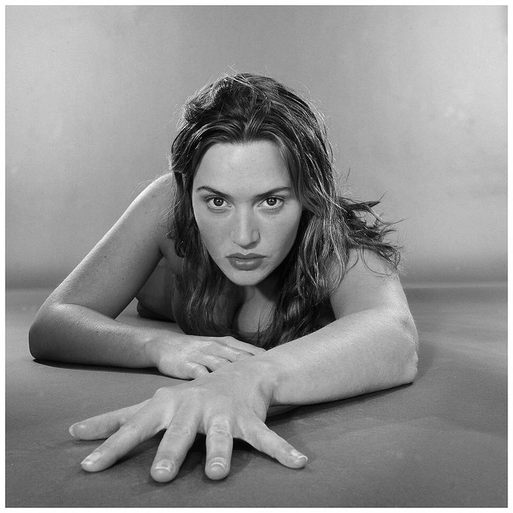 Kate Winslet, Holy Smoke! 1999 - Director: Jane Campion  Photographic Collection 9 […more Images]