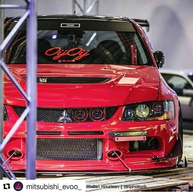 #evolution #evo #Mitsubishi #car #sportscar #boost #twinturbo #tuning #tunejdm #passion #jdm #drive #fast #japan #carlife #evoporn #teamevolution #wheels #tuning #Mitsubishijdm #evoaddicts #spoiler #jdmgram #Mitsubishievolution #carpon #offically #lancer #low #evox