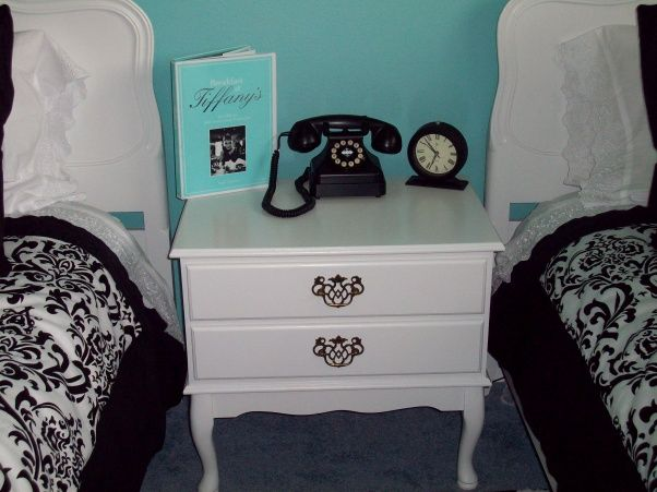 breakfast at tiffanys bedroom decor | My Audrey Hepburn/Breakfast at Tiffany's inspired guestroom - Bedroom ...