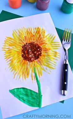 Simple Fork Print Sunflower Craft #Spring art project for kids | http://CraftyMorning.com