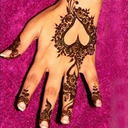 Henna heart designs