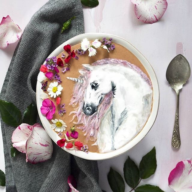The amazing @hazelzakariya created an actual Unicorn on her smoothie bowl using our superfood powders Talk about vegan smoothie art Unicorn dreams do come true ⭐ Shop our colourful superfood powders here: www.unicornsuperfoods.com/collections/all