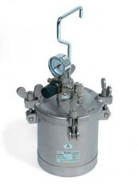 Serbatoio Sottopressione INOX AT 2 ESS - G.B.V.   Airless / Pressure vessel stainless steel adjustable pressure product and shaker / Capacity: 5 lt. / min. Max: 4.1 bar Weight: 6.8 kg.