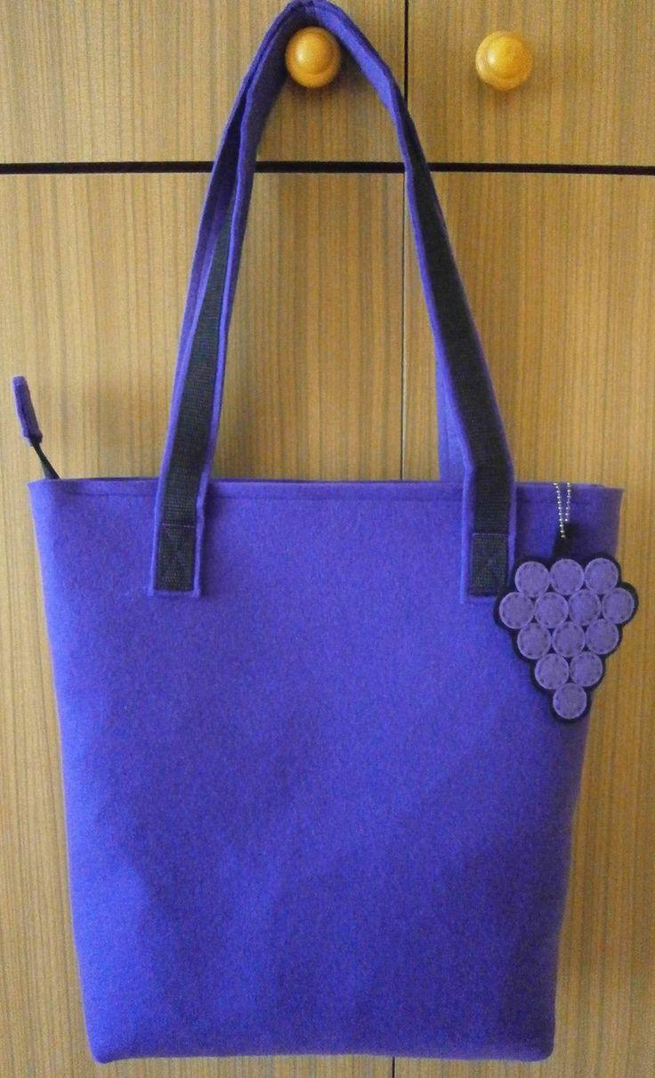 fioletowa z winogronem