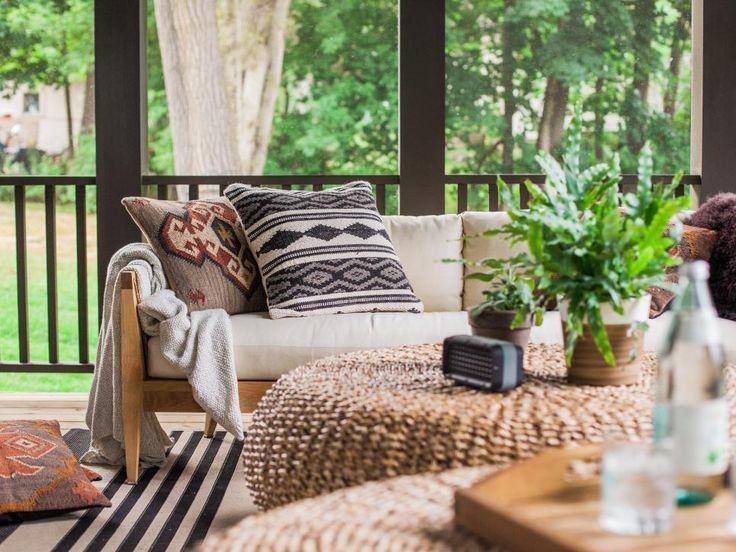 tour the screenedin porch at hgtv urban oasis for rustic cozy design