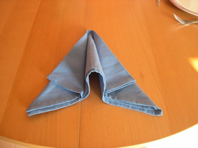 Pliage serviette avion