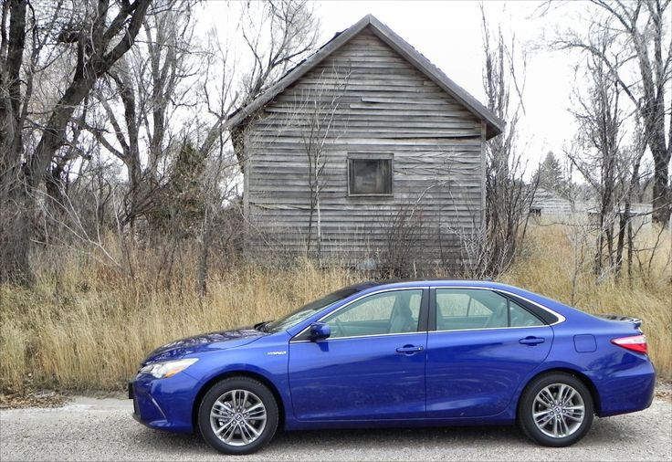 2015 Toyota Camry Hybrid - new look, same excellent efficiency - http://www.carnewscafe.com/2015/01/2015-toyota-camry-hybrid-new-look-excellent-efficiency/