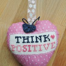 'Think positive' cross stitch hanging heart - DolceDecor home decoration