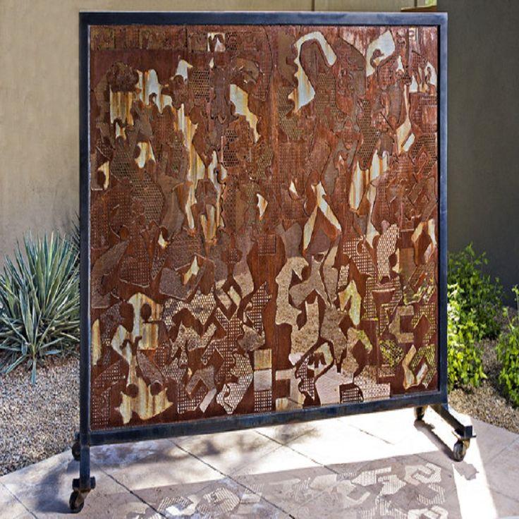 Highly Artistic And Eclectic Rustic Pandemonious Sculptural Outdoor Privacy Screen : Non-Wood Outdoor Privacy Screens For Decks As Another Best Alternative For Your Home Exterior Layouts