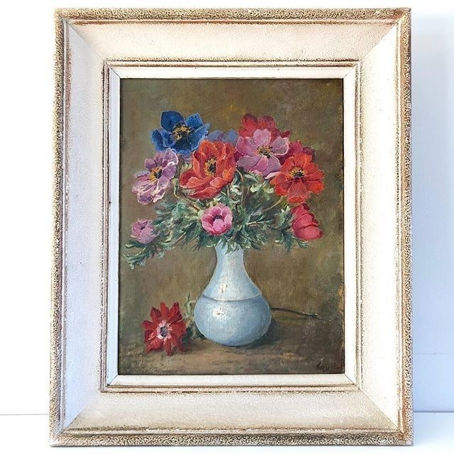 - French Anemones in a Pale Blue Vase - $395  A beautiful Mid Century French Oil Painting of Anemones in a pale blue vase.  In its original wooden frame and signed bottom right.  38.5cm wide 48cm high.  To BUY this piece HIT THE LINK IN THE BIO  #Still Life   #anemones #artandinteriors #artlovers #artonline #artshop #artsource #artwalls #floral #floralpainting #frenchfloral #gallerywall #oiloncanvas #oilpainting #vintageart #vintageartemporium #vintageframe #vintagepainting…