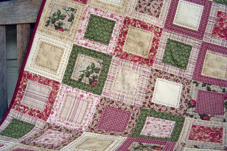 Playing in the Attic: Let's talk Quilts . . . this particular design would make a lovely and simply Christmas quilt