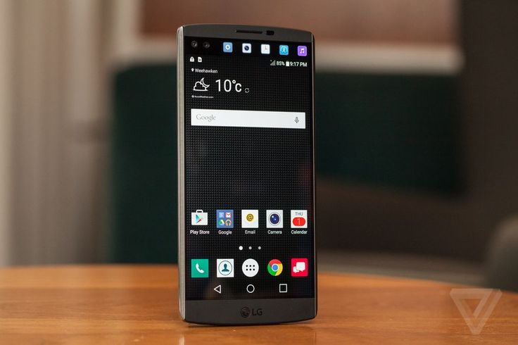 Up close with LG's dual-screen, dual-selfie camera phone | The Verge