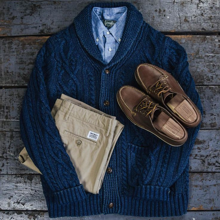 """Mi piace"": 119, commenti: 5 - Independence Chicago (@independencechicago) su Instagram: ""The Patchwork Shawl Cardigan in Washed Indigo from @fahertybrand is a shop favorite and pairs great…"""
