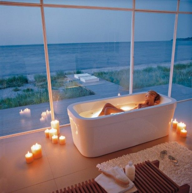 A Bathtub With A View Of The Beach   Heaven!
