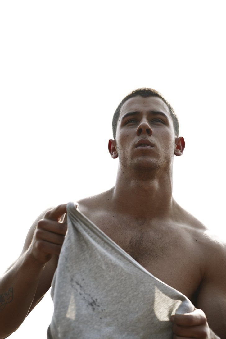 Pin for Later: Have a Blessed Friday With More Shirtless Nick Jonas