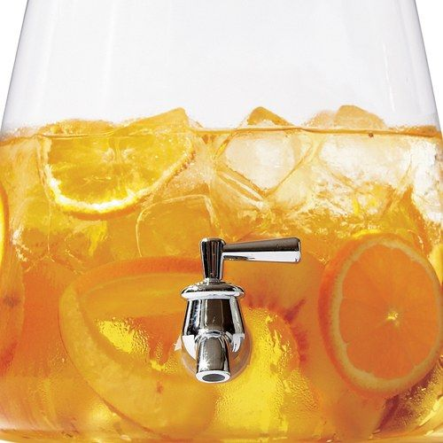 Please stop pouring hot tea over ice. This cold-brew tea (made the same way as your favorite summer coffee) brews less bitter and in larger quantities.