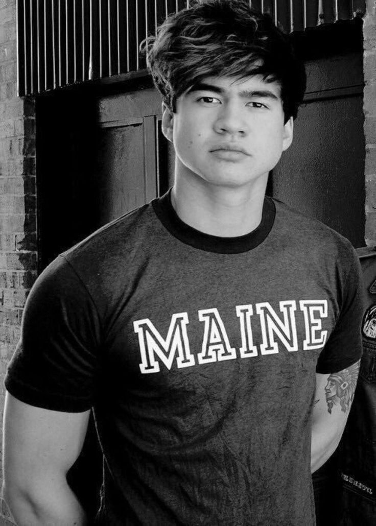 "Calum Hood<You can't just write ""Calum Hood"" he is much more than that ❤️ @heleenasallam"