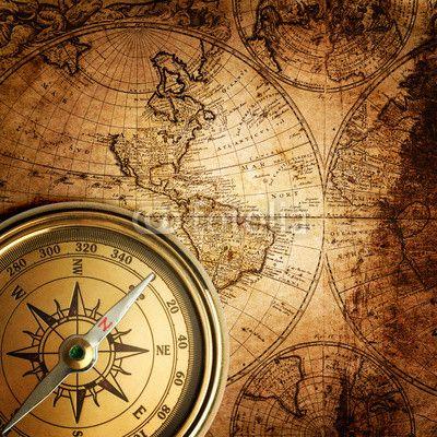 mata magnetyczna stary kompas na mapie rocznika 1746